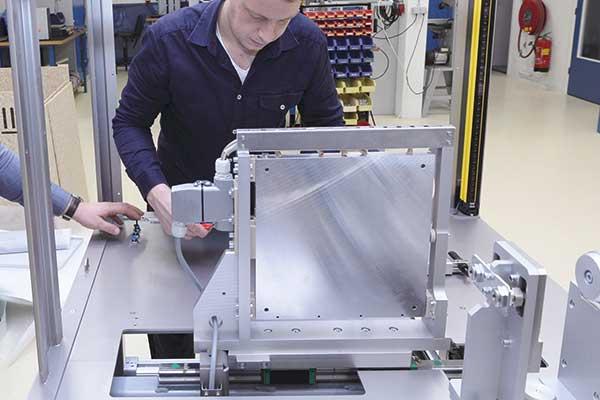 service onderhoud en machinebouw Aeson kenniscentrum voor het verbinden van kunststof